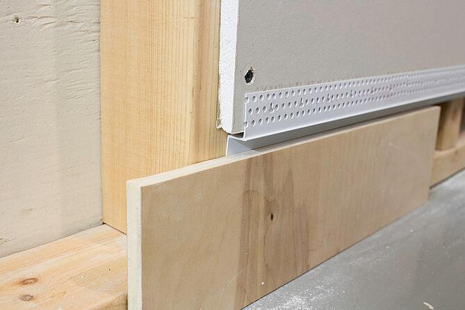 Baseboard Reveal Details With Z Shadow Bead
