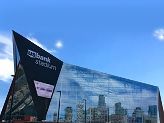 J and Tear Away L Bead Case Study: US Bank Stadium