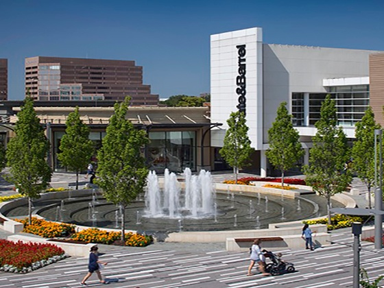 Bullnose Case Study: Oakbrook Mall