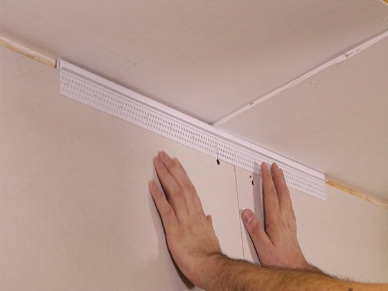 Pro Tip: Installing Deflection Bead on Uneven Ceilings